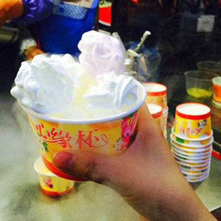 千变冰淇淋设备加盟5元一杯模式跑江湖地摊价格