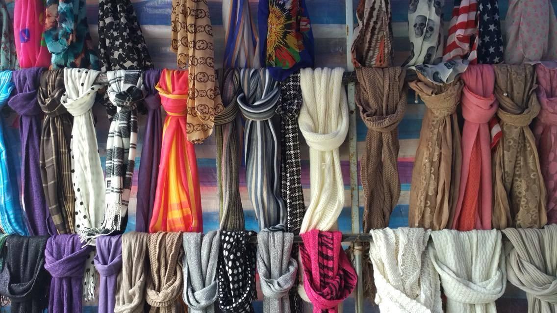 杂款毛线围巾围脖冬季10元模式库存处理夜市地摊货源