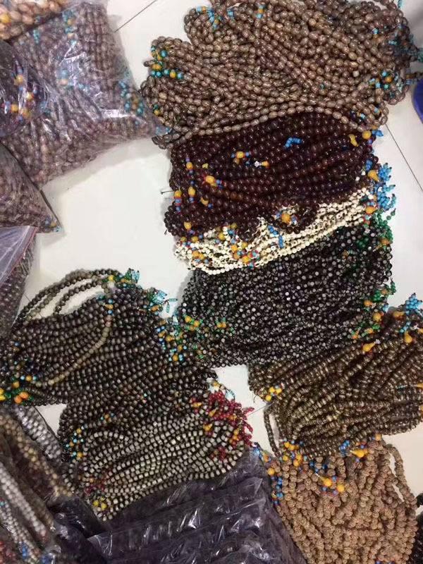 54颗菩提念珠饰品挂件20元一串模式赶集庙会热卖产品拿货渠道