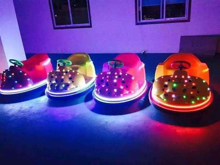 河南大型新款儿童碰碰车亲子游乐典范设备819656732