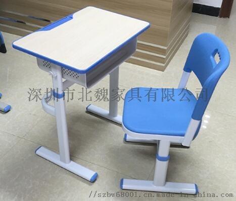 深圳連體鋼木結構課桌椅_鋼木課桌椅廠家105275535
