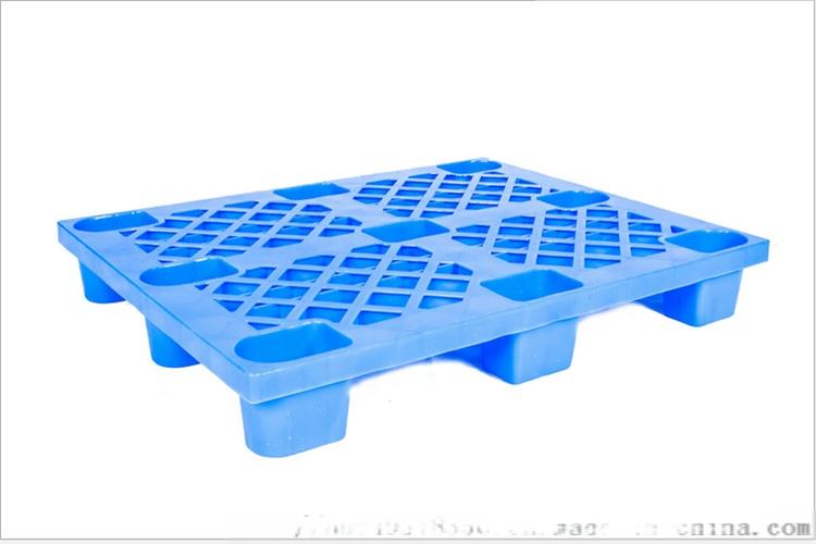 九腳型塑料托盤 (3).png