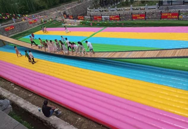 山东青岛大型彩虹色网红桥充气气垫厂家定做828126592
