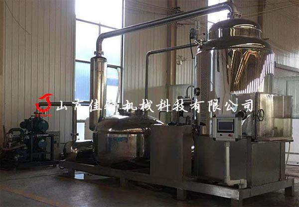 香菇脆是如何加工生产,河南新款香菇脆真空油炸机111091202