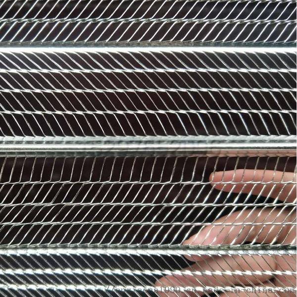 轻钢房屋用3D钢丝网 (2).png