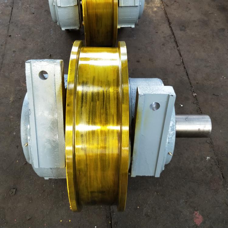 700×210双边主动行车轮双梁锻造行车轮组**131961092