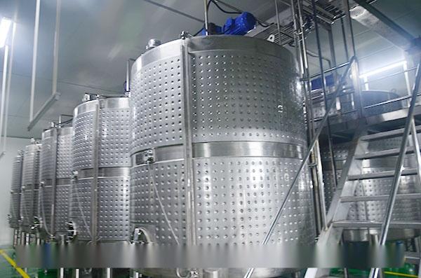 大型青稞酒酿酒设备|全自动青稞酒生产线|年产500吨黑青稞 生产线预算27104432