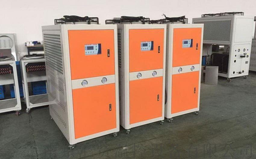 南京冷水机