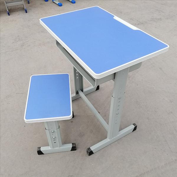 河南郑州厂家批发定制供应学生课桌椅厂家直销课桌椅928554005