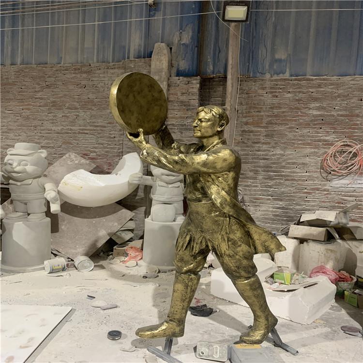 玻璃钢民俗人物雕塑 公园文化广场起舞人物雕塑934533545