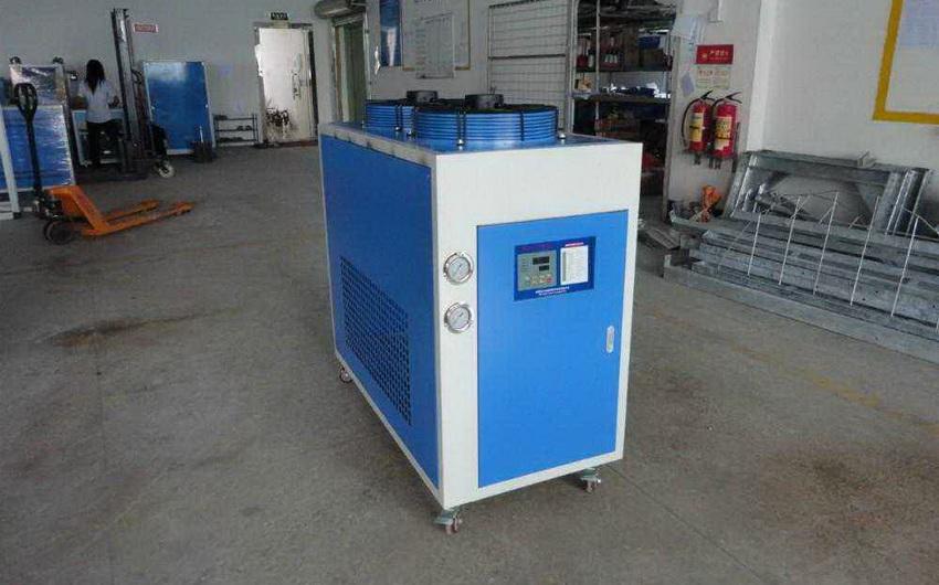 苏州小型冷水机