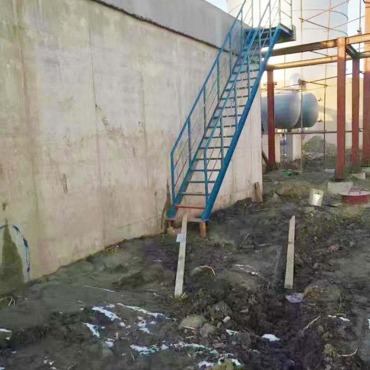 镇江市人防工程墙壁漏水堵漏施工945273365