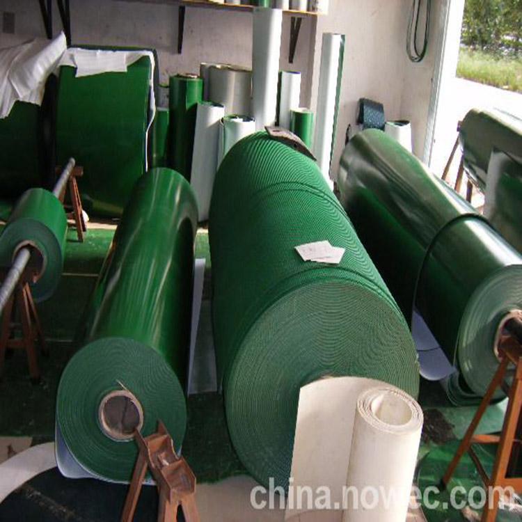 绿色平面PVC输送带 裙边隔板传送带156911005