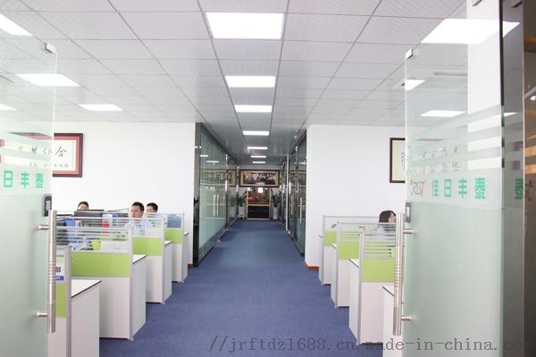 办公走廊.jpg