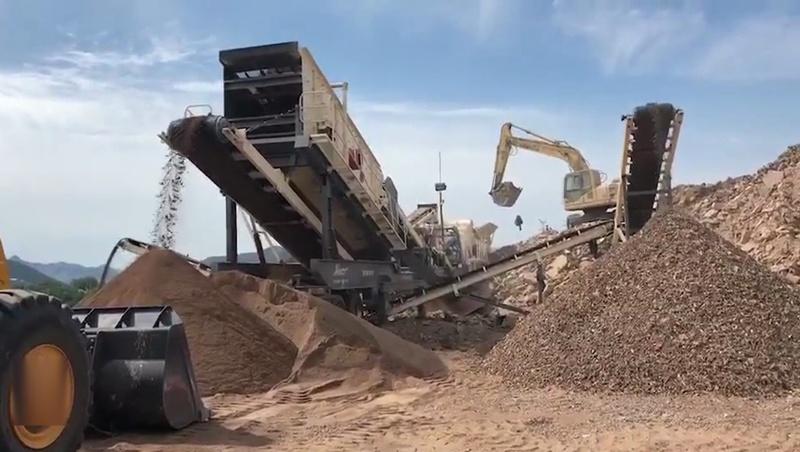 移动式砂石设备 环保破碎机 建筑垃圾移动破碎站厂家84702022
