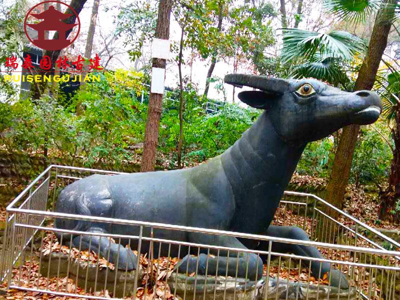 雕塑057.jpg