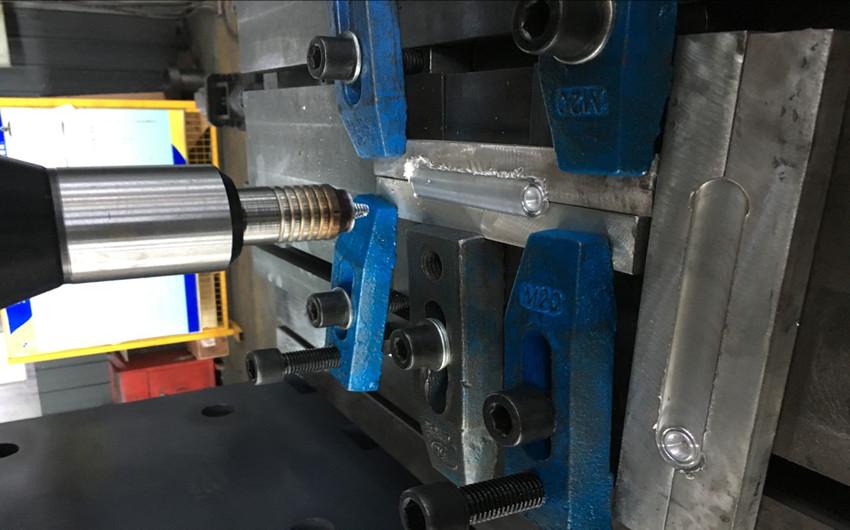 龙门搅拌摩擦焊4.jpg
