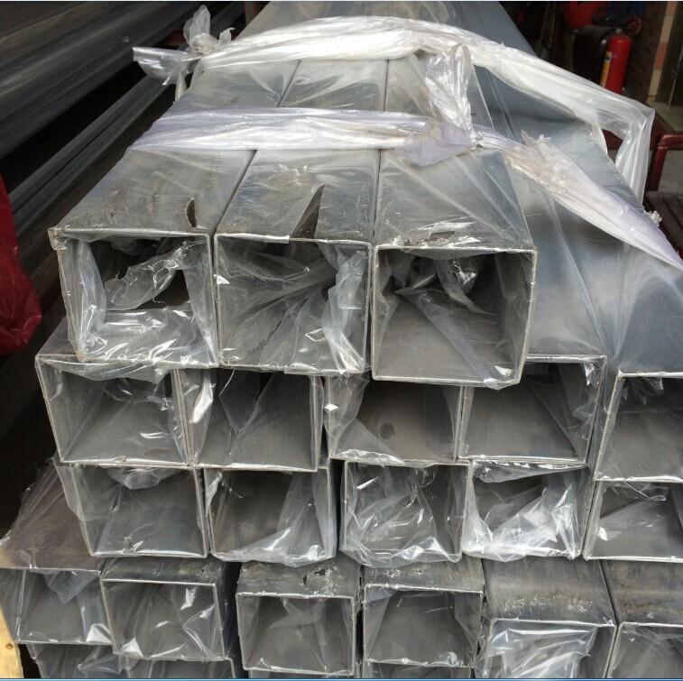 304拉絲不鏽鋼方通,順德SUS304不鏽鋼方管18655995