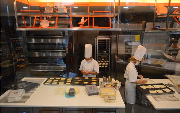 比萨店厨房设备|匹萨店后厨设备|披萨店厨房设备827459525