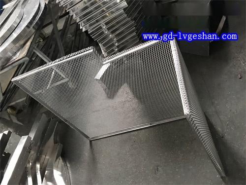 铝板网生产厂家 铝板网规格尺寸 网格铝板生产商
