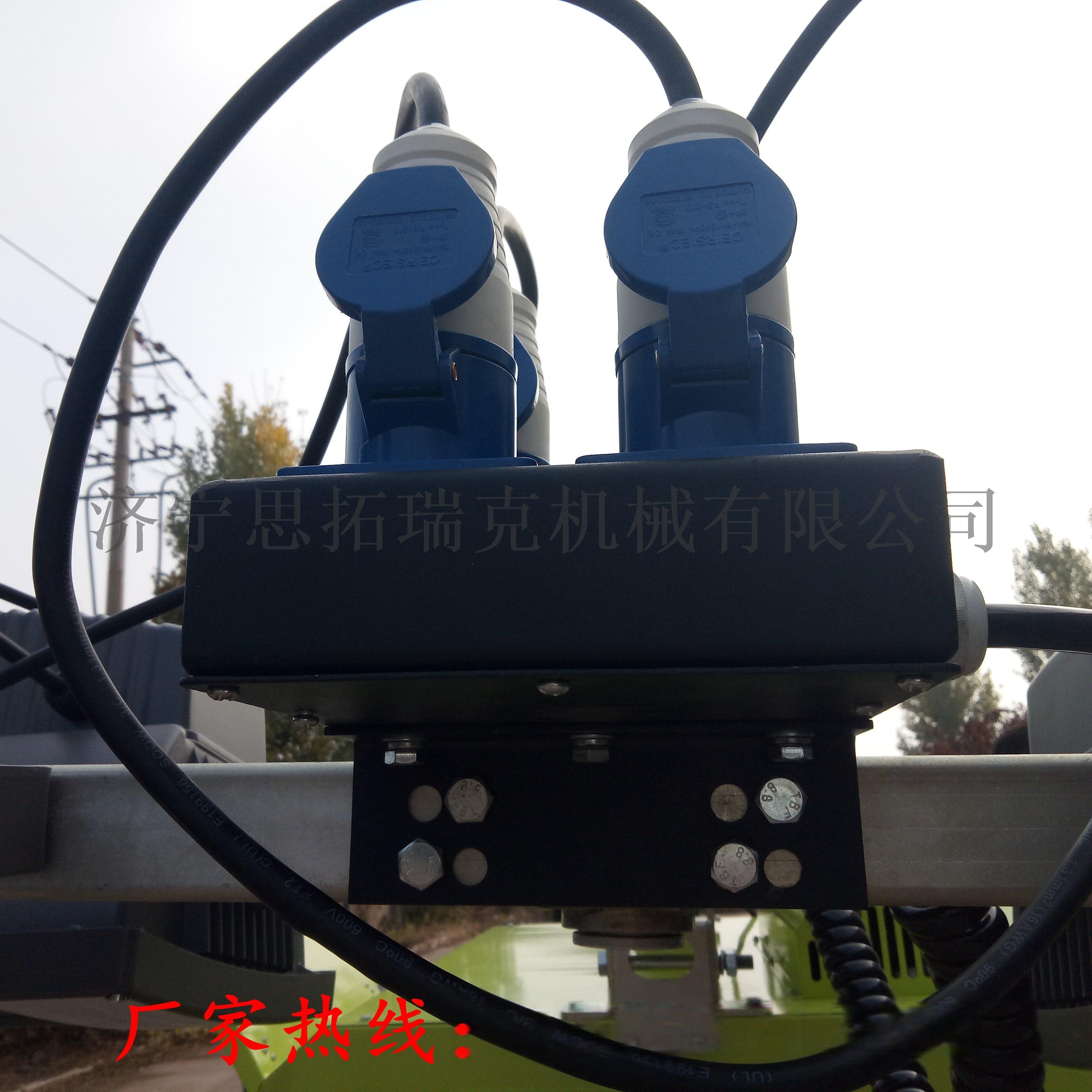 9米拖車照明車 (8).jpg