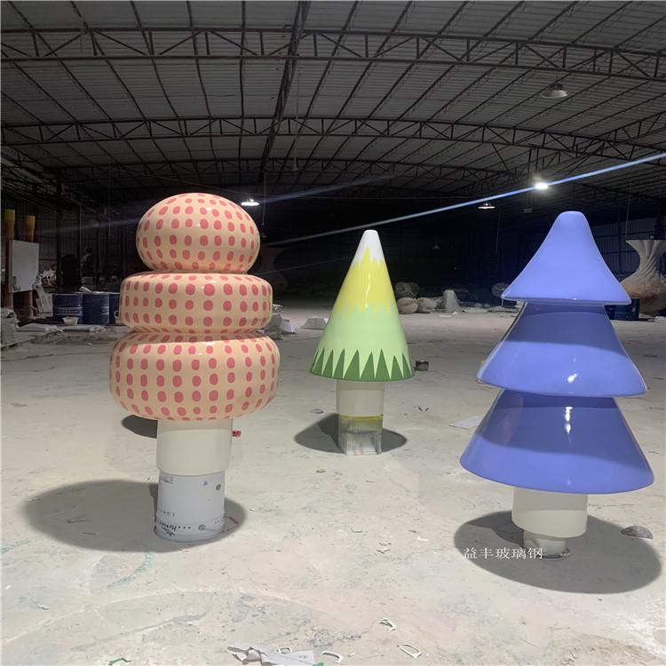 幼儿园装饰卡通公仔雕塑 佛山玻璃钢雕塑947297835