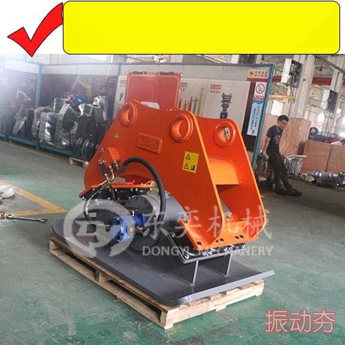 大中小挖掘机振动夯、液压平板夯、夯实回填土设备57569945