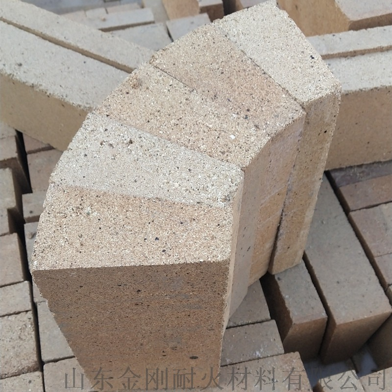 优质  厂家 山东淄博金刚厂家 粘土耐火砖厂家866958852