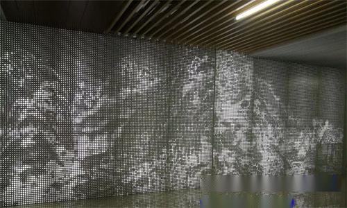 背景墙穿孔透光铝板 山水画冲孔铝单板.jpg