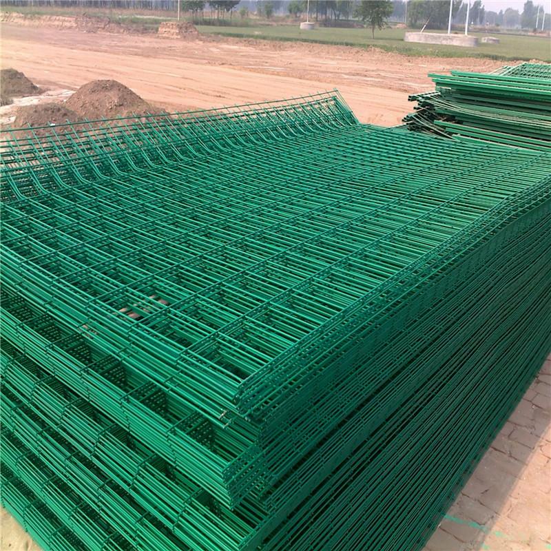 道路绿色护栏 绿网护栏网 工地围栏网763473592