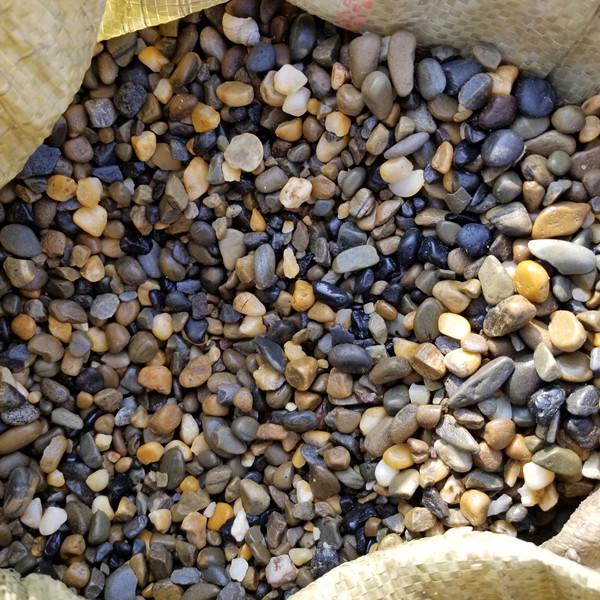 鹅卵石滤料多少钱一吨_鹅卵石滤料价格_厂家批发。832896722