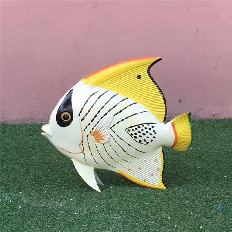 东莞玻璃钢仿真动物雕塑 彩绘小鱼造型雕塑 拍照美陈949808275