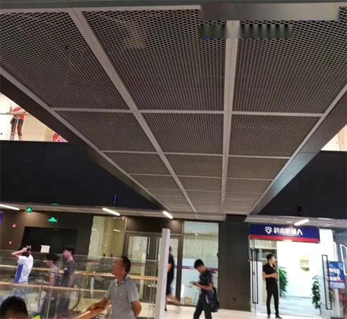 网格铝单板吊顶 铝网天花效果图 铝丝网吊顶厂家.jpg