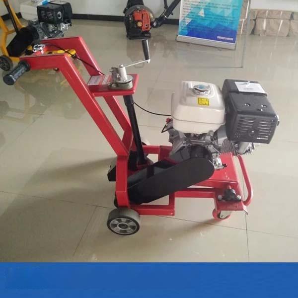 合肥沥青灌缝机200升沥青路面灌缝机贴缝带