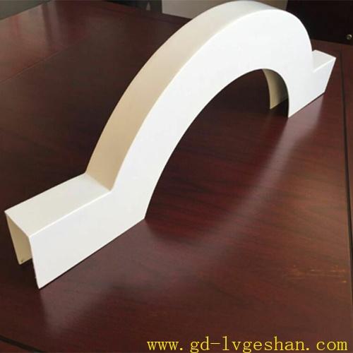 造型铝方通 异形铝方通.jpg