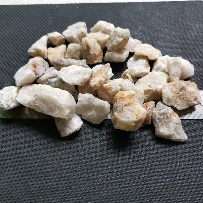 德阳石英砂厂家_石英砂德阳价格_四川生产厂家销售。111554722