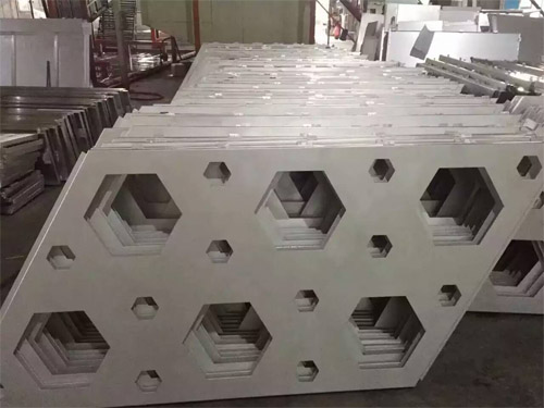 镂空铝单板 穿孔铝单板 幕墙铝单板.jpg