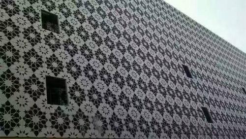 雕花鋁單板幕牆 外牆雕刻鋁單板 藝術鏤空鋁單板.jpg