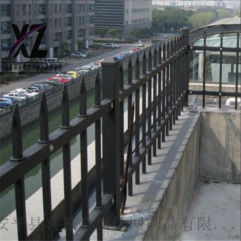 锌钢护栏77.png
