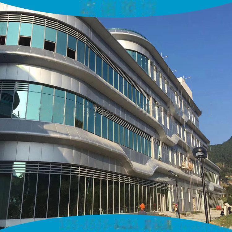 江苏地区2.5毫米厚外墙灰色氟碳漆铝单板 现场量尺定制3毫米厚外墙装饰氟碳铝板61337305