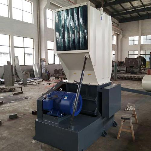 自动塑料粉碎机,强力塑料粉碎机820679895