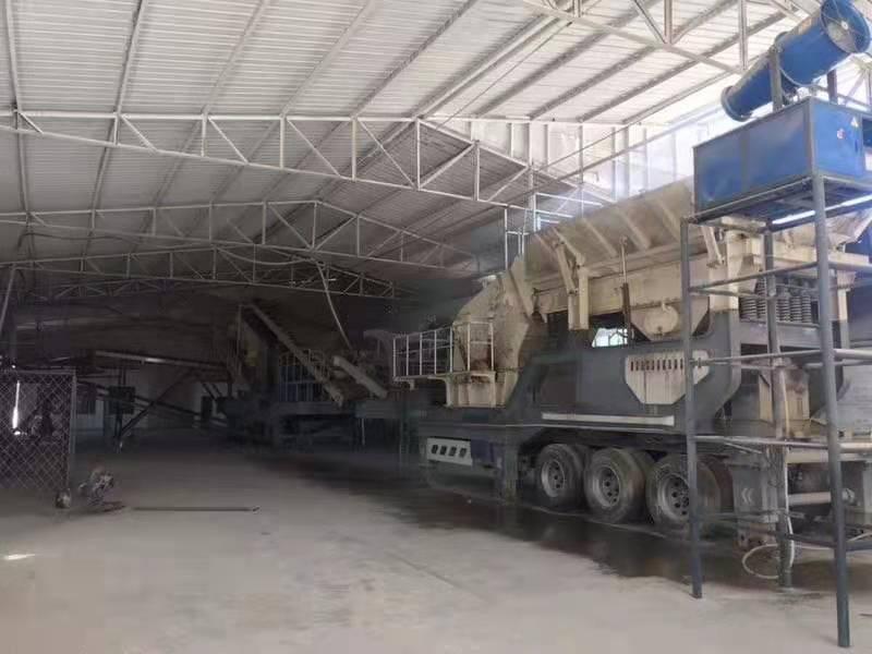 时产100吨鹅卵石破碎机 移动式破碎机生产线114200212