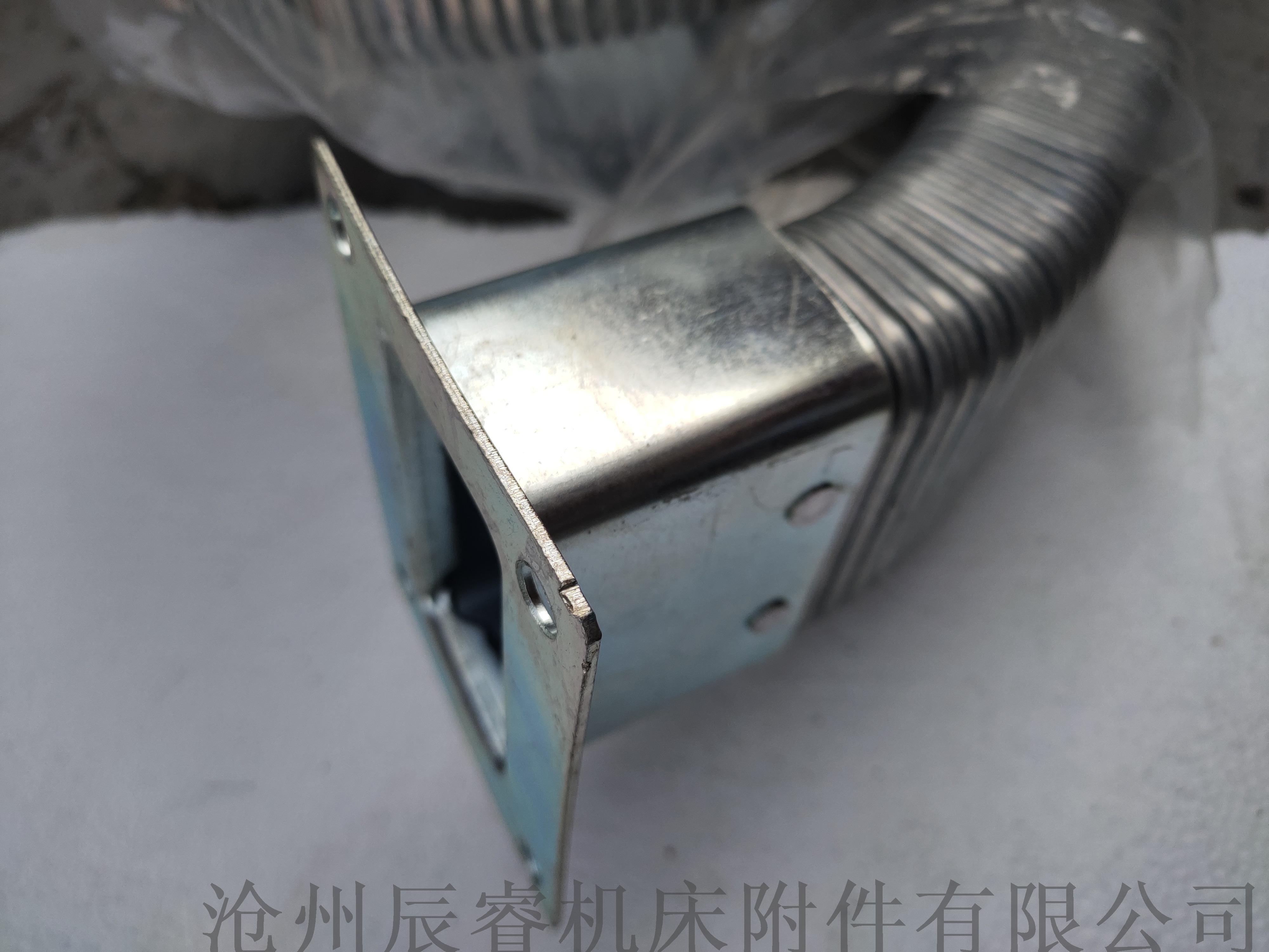 40*80封闭式矩形金属软管 沧州矩形金属软管872116395