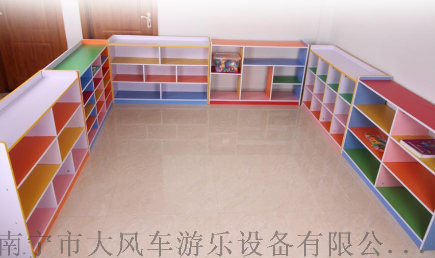 南宁幼儿园柜子.jpg