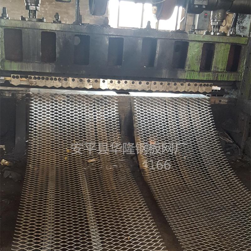 丝网4mm钢板拉伸网,菱形孔24*60mm金属板网737351752