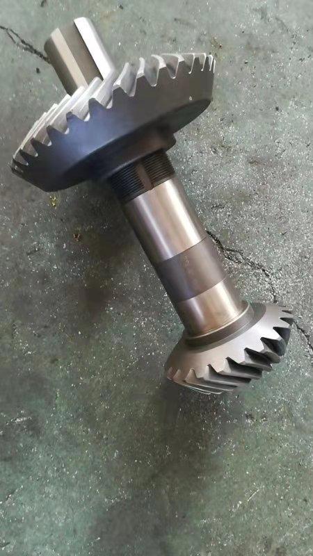 减速机齿轮厂家-伞齿价格-560颗粒机齿轴826853592