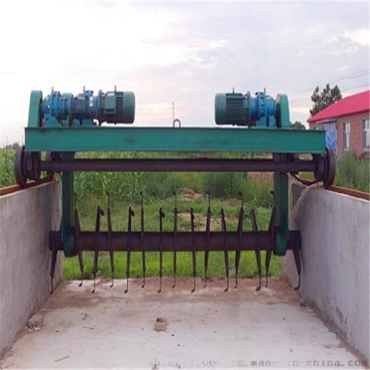 堆肥发酵翻堆机,有机肥翻堆机 牛粪发酵有机肥翻抛机型号可选择137828055