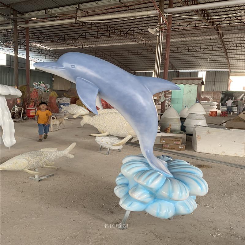 商场定制玻璃钢卡通公仔雕塑装饰美化商场116564992