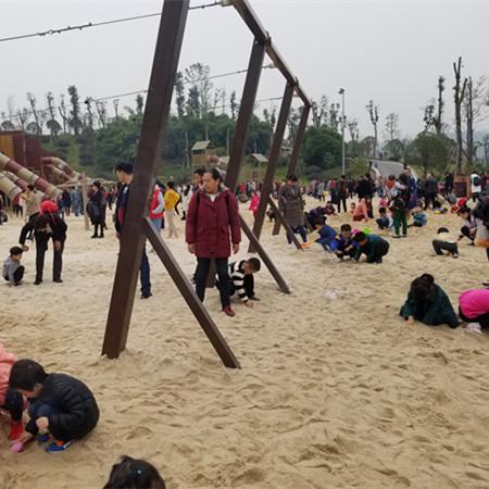 儿童玩耍海砂