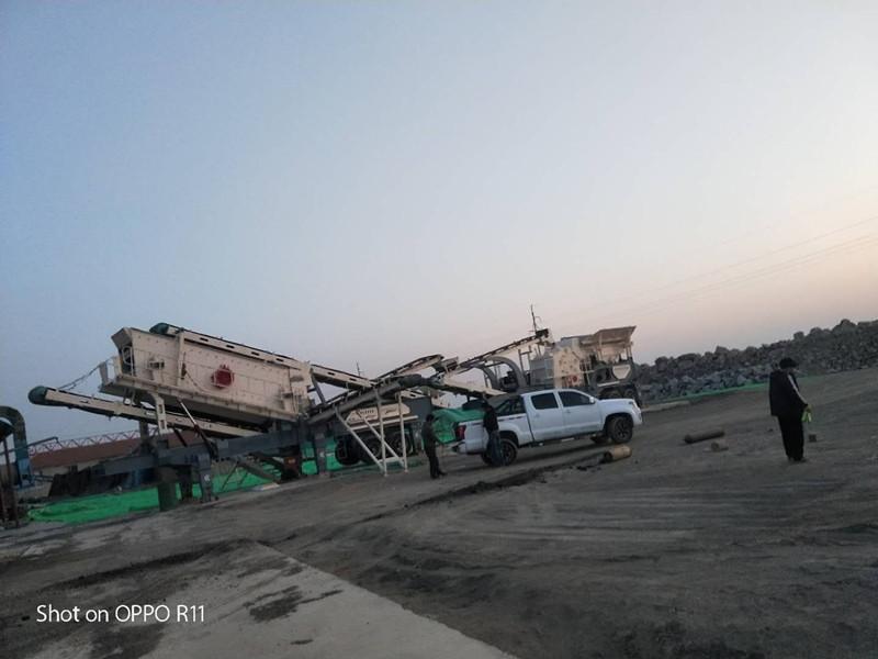 北京移動破碎篩分設備 建築垃圾拆遷處理設備 移動破碎站價格94726752